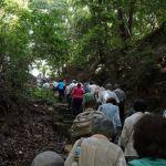 轉法輪寺への山道